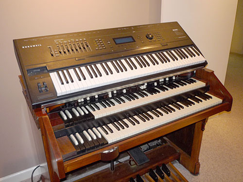 Hammond 926 SOLD