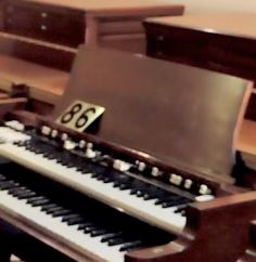 Hammond B3 with 147 Leslie #86