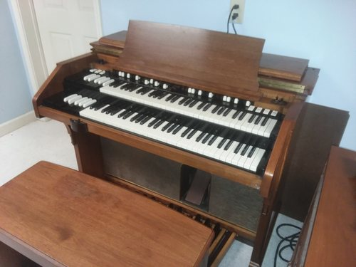 Hammond A-105  with 122 Leslie ( buy now for $200.00 per month, no money down)