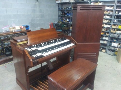 Hammond C2 with 31 SOLD