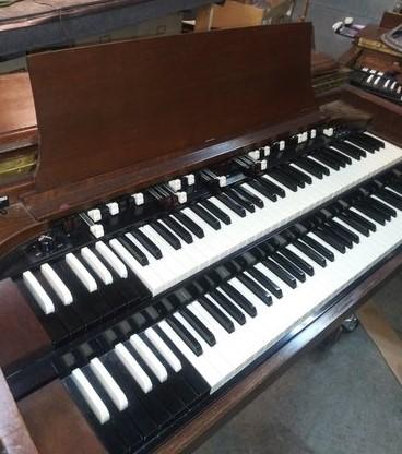Hammond CV w/ Leslie & Tone cabinet $3999.00