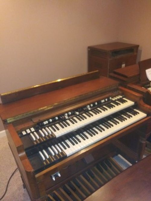 Hammond B3 with 122 Leslie  sounds fantastic, red capacitor tone generator 1973  call for pricing