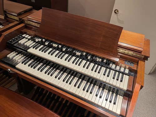 Hammond C3 with 122A    beautiful conditioned. used very little